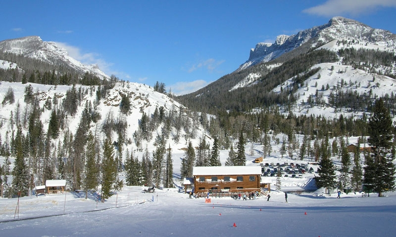 Lodge at Sleeping Giant Ski Area in Cody Wyoming