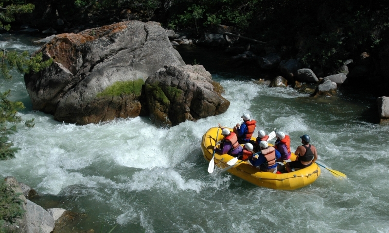 Rafting the Gallatin River